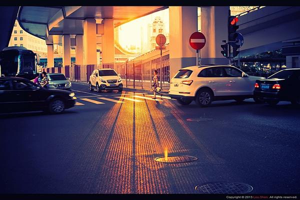 路口的夕阳